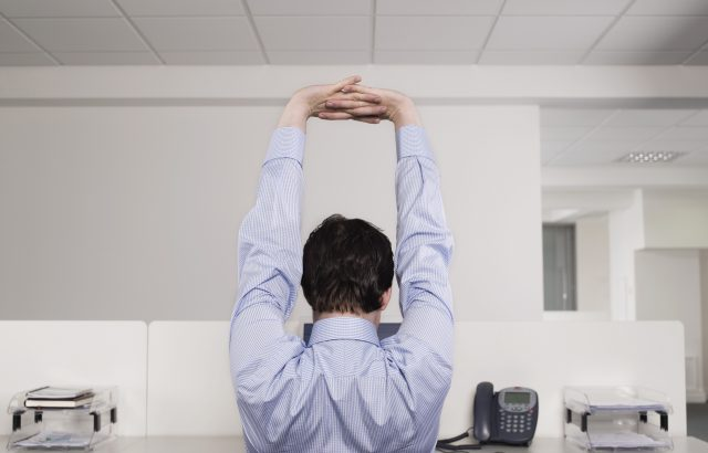 office-desk-stretch